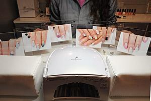 キャラクターネイル『薄桜鬼』のサンプル写真 (C)Nail Salon Ayumino ALL Rights Reserved. (C) IDEA FACTORY / DESIGN FACTORY