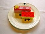 『コードギアスカフェ』赤のケーキ