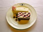 『コードギアスカフェ』白のケーキ
