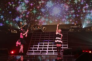 鈴木このみ×岡本菜摘『ANIMAX MUSIX 2012 supported by スカパー!』 photo by ANIMAX/hajime kamiiisaka